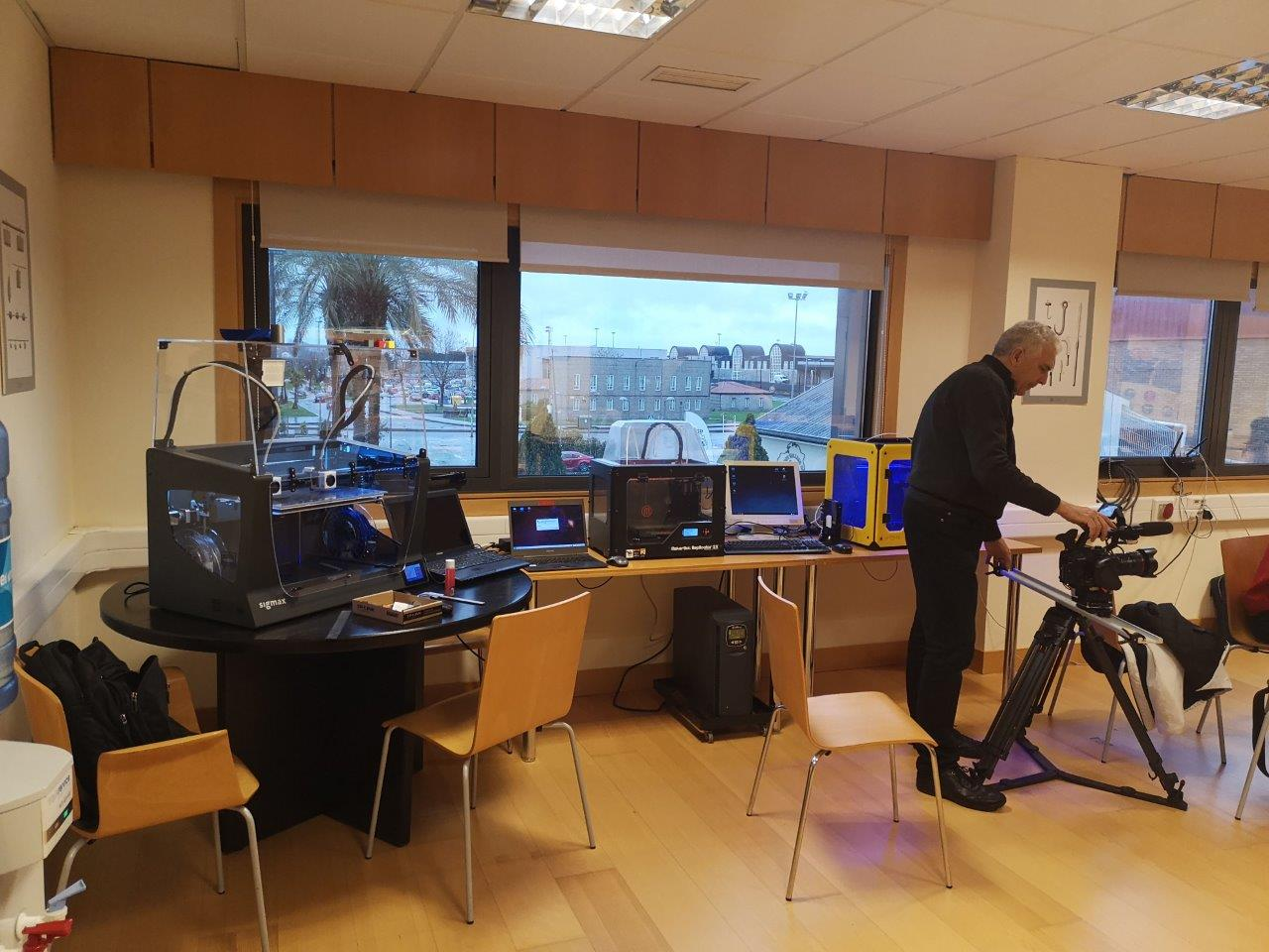 MOL2 Spain - Setting up the 3D printing workshop (Pontevedra)